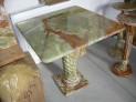 Stůl onyx Pákistán čtvercový 70x70x70 cm.