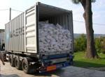 Transport z celého světa. Kameny dovážíme přímo z celého světa.Vykládání ve firmě v ČR ve Dvoře Králové n.L.