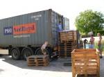Každý měsíc dovážíme container nového zboží, sklady a výběr máme velký.